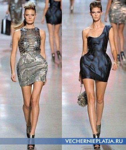 Прямі плаття середньої довжини і міні.
